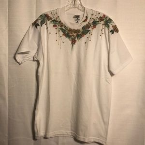 NWOT hand painted t shirt size L